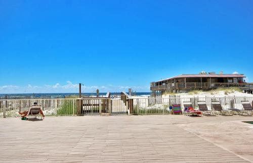 Boardwalk 487 Photo