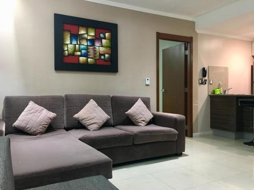 Luxury Suites Riverfront Gye Photo