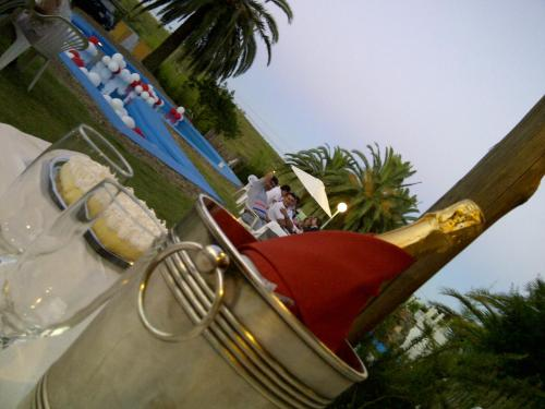 Hotel Artigas Photo