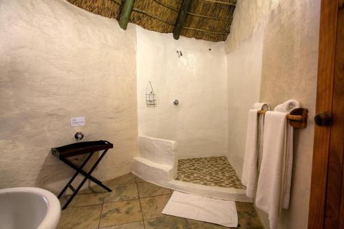 Chrislin African Lodge Photo
