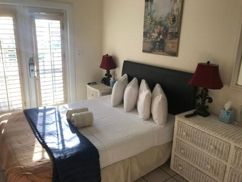 New Orleans House - Gay Male-Only Guesthouse Photo
