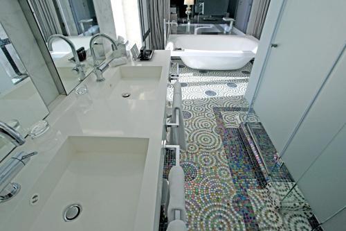 Luxury Suite Hotel Único Madrid 16