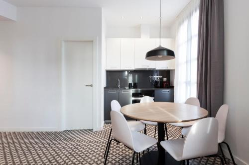 Aspasios Poble Nou Apartments photo 16