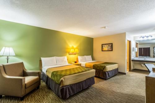 Econo Lodge Valley City - Valley City, ND 58072