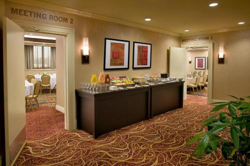 Toronto Airport Marriott Hotel photo 41