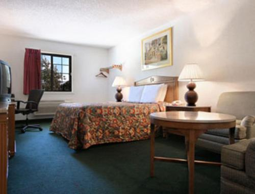 Travelodge Waukegan Gurnee Photo