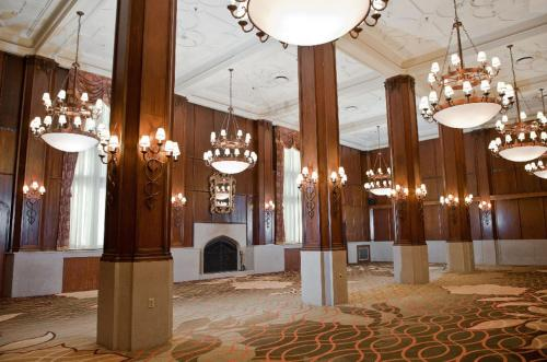 The Kahler Grand Hotel - Rochester, MN 55902