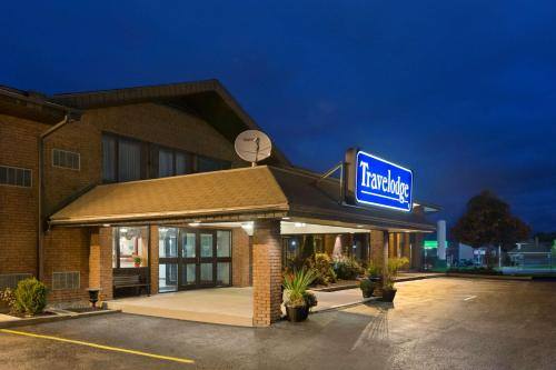 Travelodge Owen Sound Photo