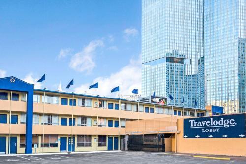 Travelodge Center Strip Photo