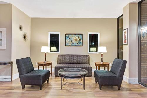 Travelodge Inn & Suites Williamsburg Photo