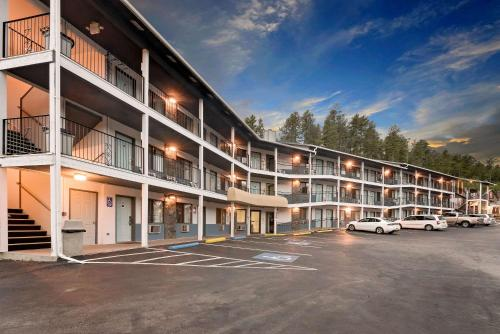 Super 8 By Wyndham Keystone/mt. Rushmore - Keystone, SD 57751