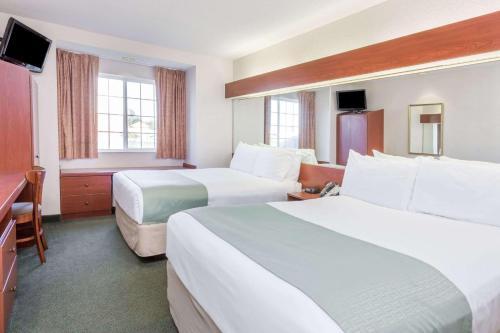 Microtel Inn & Suites By Wyndham Marianna - Marianna, FL 32448