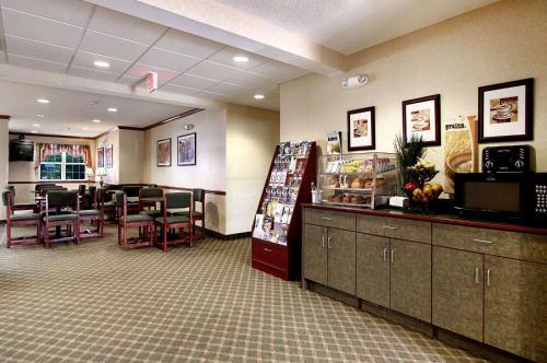 Microtel Inn & Suites by Wyndham Bridgeport Photo