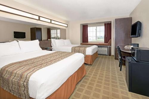 Microtel Inn & Suites Cheyenne Photo