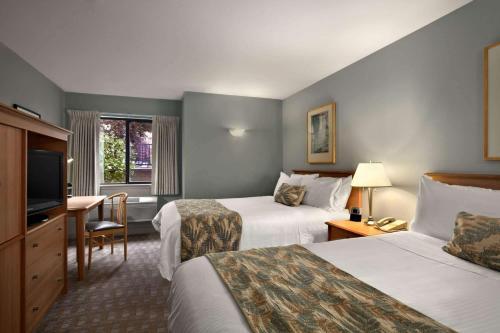 Hawthorn Suites by Wyndham Overland Park Photo