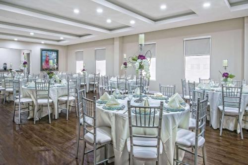 Hawthorn Suites By Wyndham Mcallen - McAllen, TX 78503