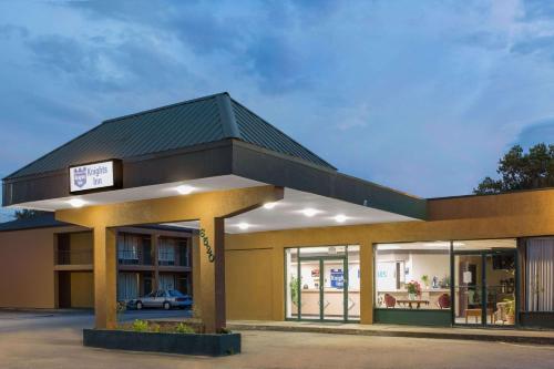 Knights Inn Roanoke Photo