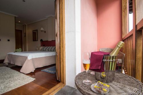 Habitación Doble con terraza Hotel Puerta Del Oriente 4