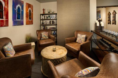 Fairfield Inn and Suites by Marriott Nashville Downtown/The Gulch Photo