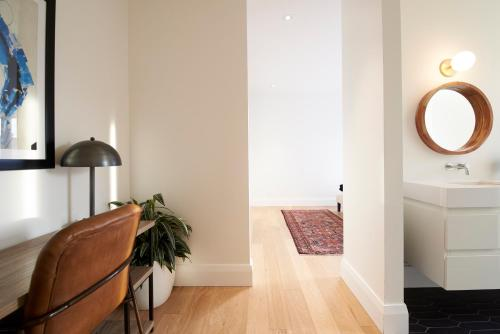 Three-bedroom On Palmerston Avenue Apt C