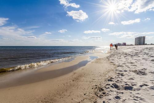 Emerald Skye - Orange Beach, AL 36561