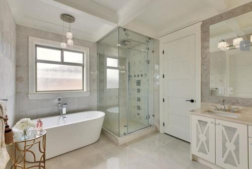 Executive Luxury Home - Richmond, BC V7E 1H8