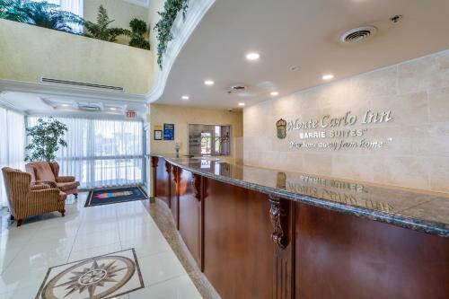 Monte Carlo Inn Barrie Photo