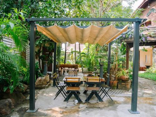 Moradok Thai Guesthouse photo 24