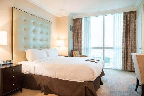 1br 950sf Suite At Mgm 17