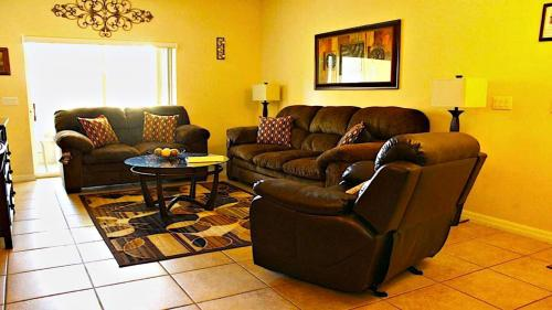 Three Bedroom Condo First Floor Gated Community - Kissimmee, FL 34747