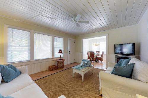 Sea Palm Cottage