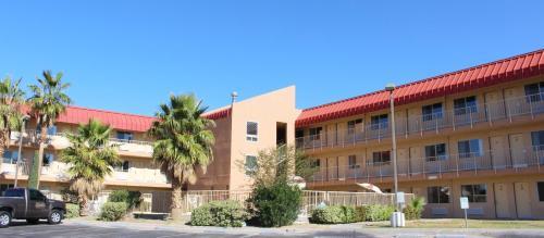 Magnuson Hotel El Paso West Photo
