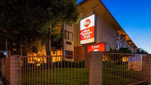 Best Western PLUS Inn of Hayward Photo