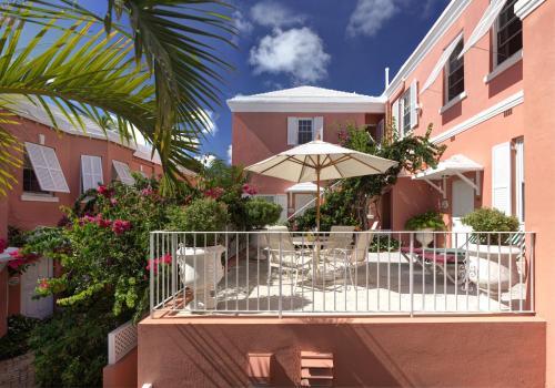 24 Rosemont Avenue, Pembroke, Bermuda, United States.