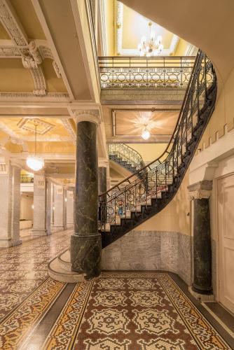 Hotel Bentley