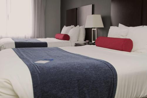 Best Western Plus Olathe Hotel Photo