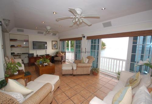 San Cove Four Bedroom Villa