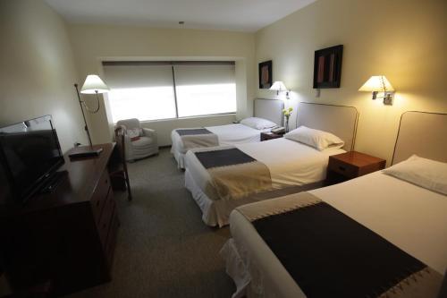 Hotel Galerias Photo