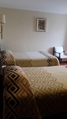 Hotel 6 De Diciembre Photo