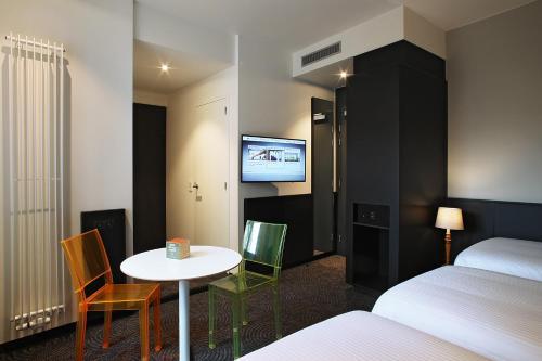 Van Belle Hotel photo 19