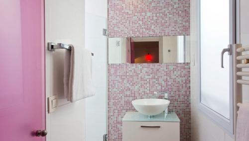 Color Design Hotel photo 31