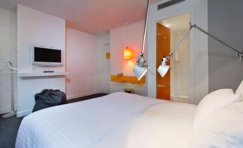 Color Design Hotel photo 37