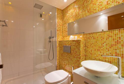 Color Design Hotel photo 38