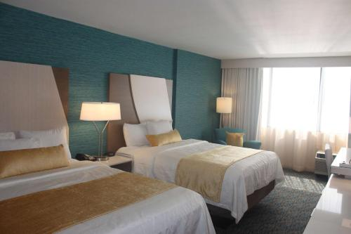 Illinois Beach Resort & Conf. Center; Best Western Premier Collection Photo