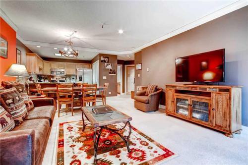 Village at Breckenridge - Chateaux 1024 Apartment Photo