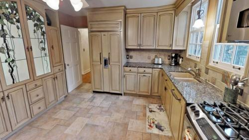 Luxury Victorian Three Bedroom House - Minneapolis, MN 55403