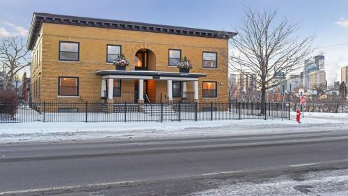 Loft In The City Two Bedroom Apartment Unit 4 - Minneapolis, MN 55404