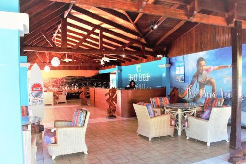 Beach Break Resort Photo