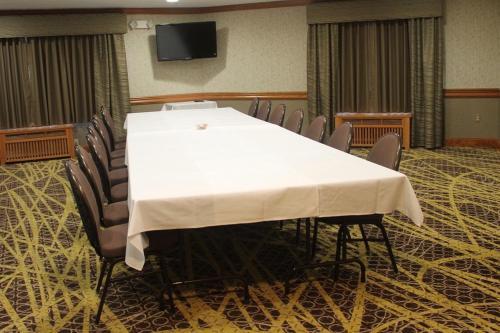 Best Western Premier Bridgewood Hotel Resort Photo