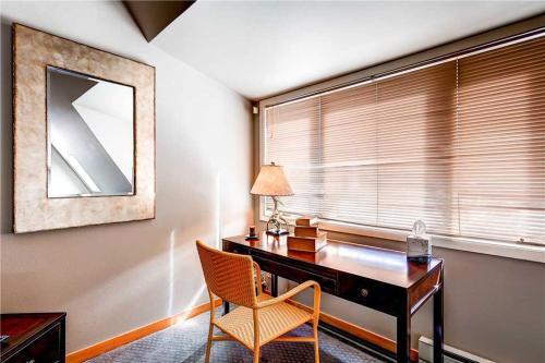 Liftside 16-B Apartment Photo